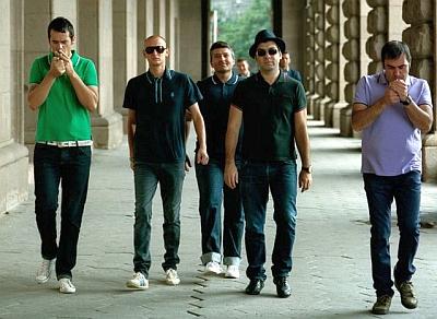 Ремиксът на Лека нощ – хит за октомври в класация